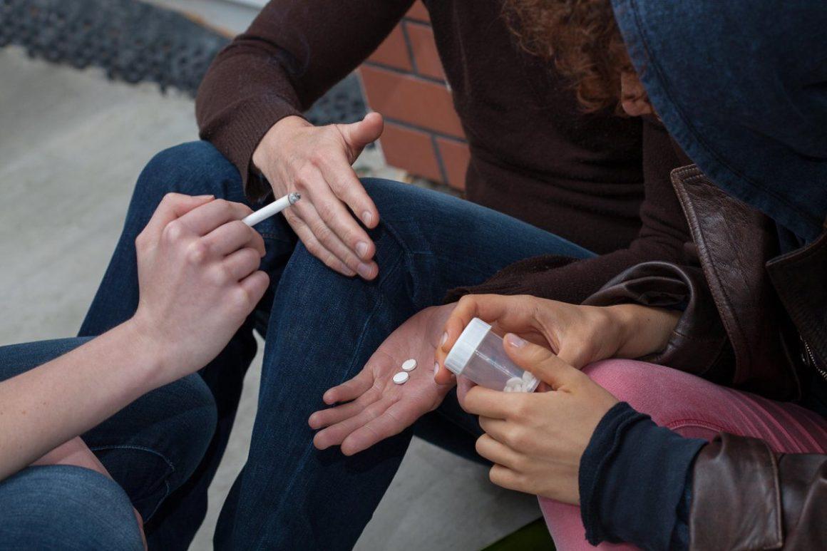 Алко наркология лечение от наркомании в тюмени